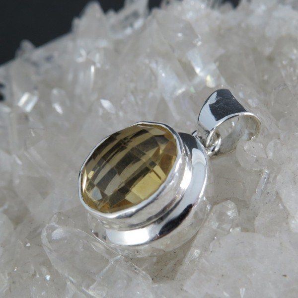 Colgante cuarzo citrino y plata