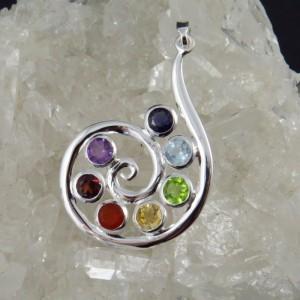 Colgante Siete Chakras y plata | Joyería Online - La Tienda de los Minerales