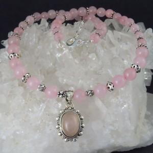 Collar colgante cuarzo rosa y plata
