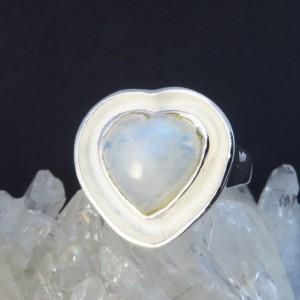 Anillo corazón piedra luna y plata