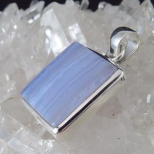 Colgante calcedonia y plata