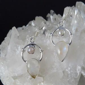 Pendientes perla, piedra luna y plata