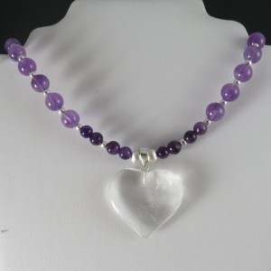Collar amatista, corazón cuarzo cristal de roca y plata